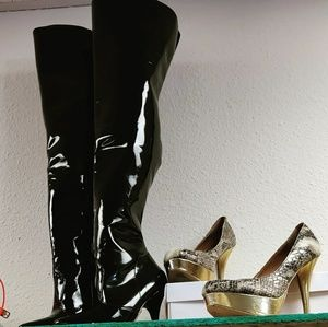 Shoes - Thigh high boots! Sexy over the knee boots
